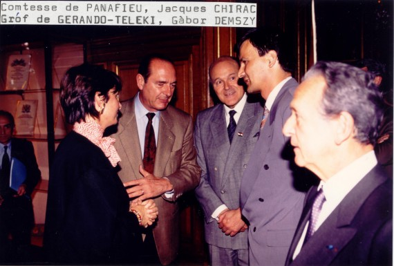 Demszky (second from right) with Jacques Chirac and other politicians, Paris, 1992.