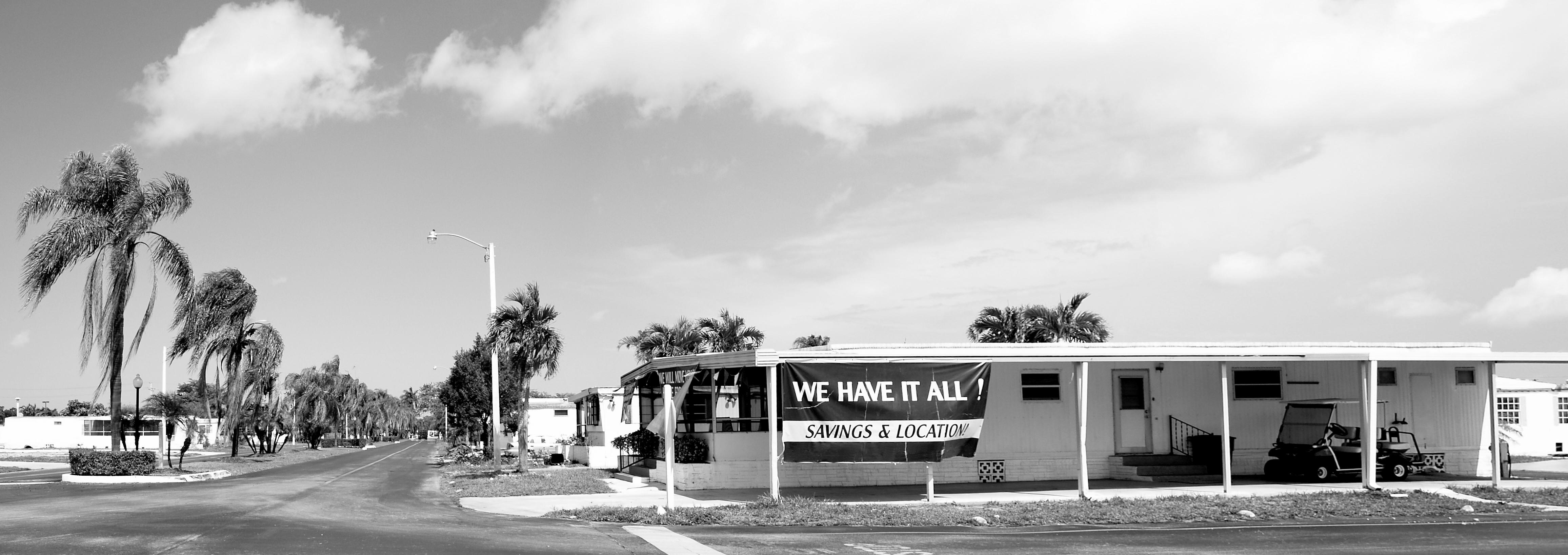 Good Day Sunshine Old Florida Village : Same trailer different park contexts