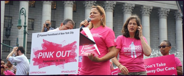 A 2015 rally to support Planned Parenthood in New York. The All-Nite Images, Flickr CC.