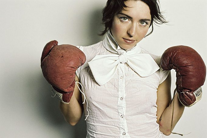 malloreigh_wearing_boxing_gloves